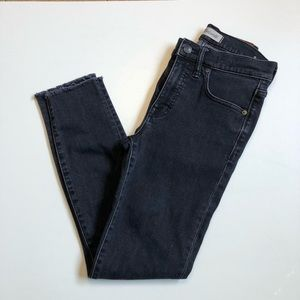 "Madewell Jeans 9"" High Rise Skinny Raw Hem Black"